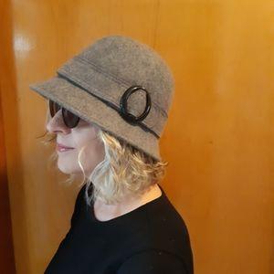 NWOT Mexx Grey Wool Bucket Hat